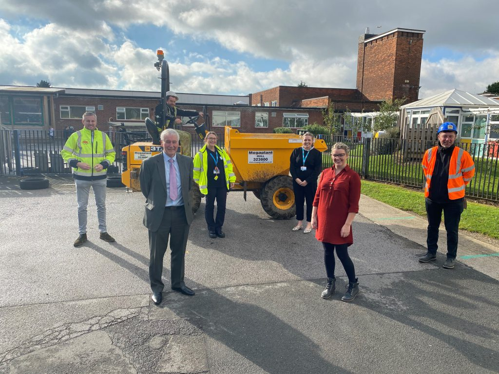 A photo of representatives from PBS Consturction and ENGIE joined by Cllr Stewart Swinburn, PfH for Environment and Transport and Jennifer Jermaine, nursery manager at Broadway Day Care